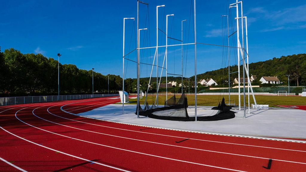 Inauguration piste d'athlétisme et marteau